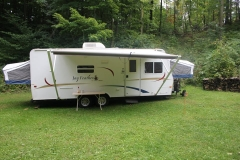Jayco Featherlite Side Profile